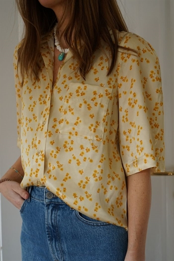 LoveChild, Airy, Shirt